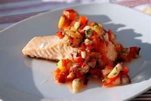 Fisch Grillen Weber : lachs auf der haut mit nektarinen salsa aus der weber grill bibel k chenjunge ~ Buech-reservation.com Haus und Dekorationen