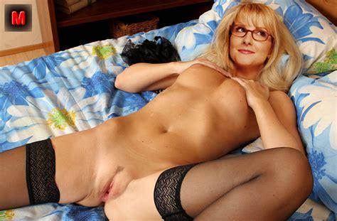 mayim bialik nude fakes sexy babes wallpaper
