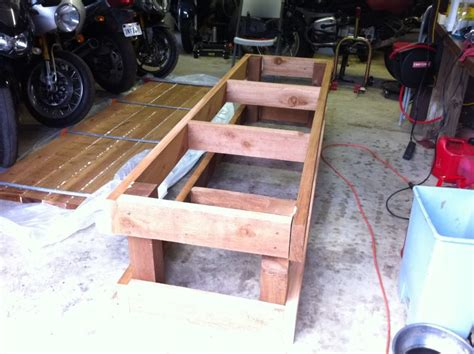 Sir always go with the wifes idea, electric button. Motorcycle work bench plans The kind you put your ...