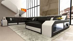 Cool Designs with Black and White Living Room for Dream Home