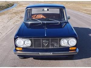 Lancia Fulvia Occasion : lancia fulvia d 39 occasion de 1971 84 631 km 8 900 ~ Medecine-chirurgie-esthetiques.com Avis de Voitures