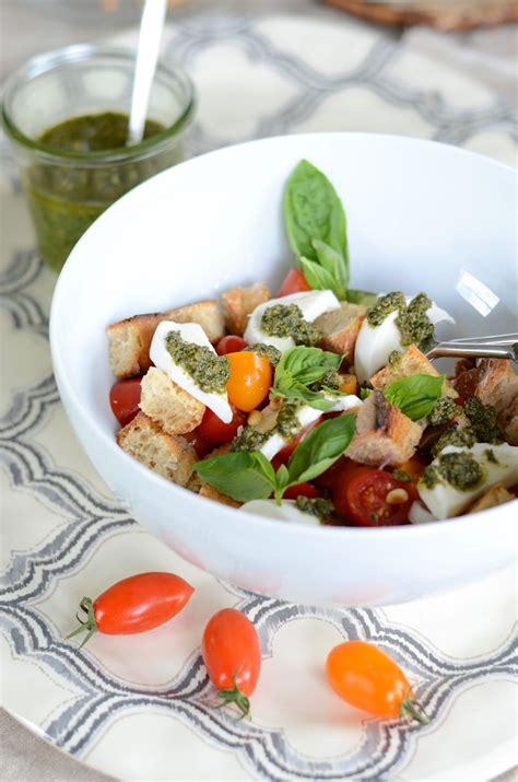 blogs de cuisine panzanella façon salade caprese blogs de cuisine