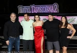 Selena Gomez puts on a leggy display at Hotel Transylvania ...