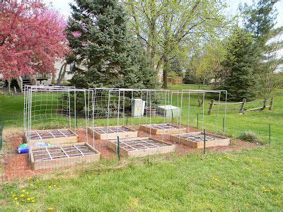 Vertical Square Foot Gardening by 17 Best Images About Square Foot Gardening On