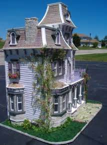 Beacon Hill Dollhouse