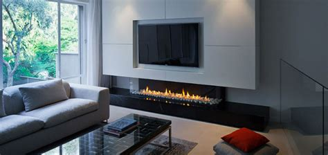 placing  tv   fireplace westhampton beach ny