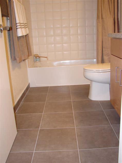 ceramic tile for bathroom floor 21 ceramic tile ideas for small bathrooms