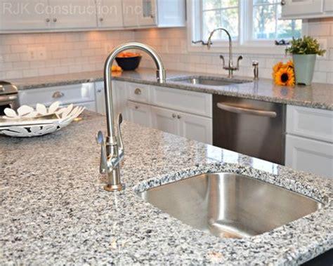 rustic kitchen backsplash tile azul platino granite home design ideas pictures remodel