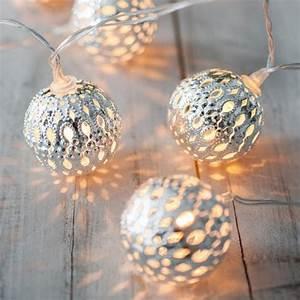 Bilder Mit Lichterkette : licht lampen beleuchtung dekoideen mit lichterketten living at home ~ Frokenaadalensverden.com Haus und Dekorationen