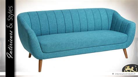 déco style scandinave canap 233 de style scandinave en tissu coloris bleu int 233 rieurs styles
