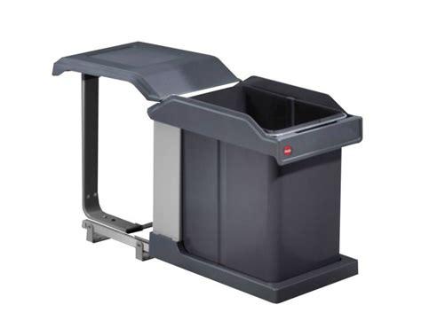 poubelle en bois cuisine elégant poubelle de cuisine sous evier photos maisoneen