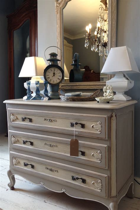 vintage painted french louis xv chest  drawers codenngg