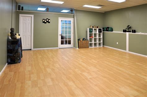 Maple XL Basement Flooring Tiles   Use for Gym Floors