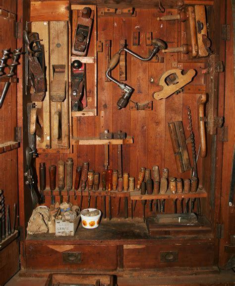 freelance bespoke  artisan woodwork  cambodia