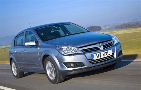 vauxhall astra vauxhall astra hatchback review 2004 2010 parkers