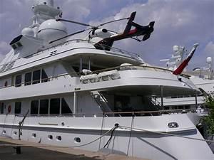 Hélicoptère De Luxe : helico sur yatch de luxe c 39 est a antibes photo max ~ Medecine-chirurgie-esthetiques.com Avis de Voitures