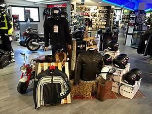 Magasin Equipement Moto : magasin quipement moto aubagne et accessoires ~ Medecine-chirurgie-esthetiques.com Avis de Voitures
