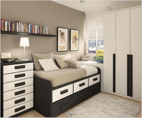 Bedroom Ideas For Small Room by Bedroom Decorating Ideas Boy Bedroom