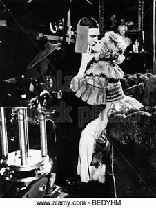 Actress Marilyn Monroe filming 'The Sleeping Prince' Stock ...