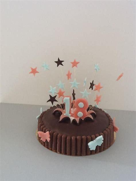 gateau d anniversaire pate a sucre les 74 meilleures images 224 propos de p 226 te 224 sucre sur g 226 teaux d anniversaire