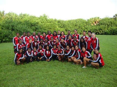 Dragon Boat Racing Trinidad by Trinidad Tobago S Chion Dragon Boat Team Mep