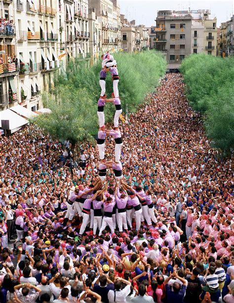 castells  tarragona   spanish festivals barcelona tourism spain