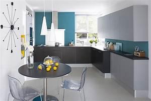 revgercom objet decoration cuisine bleu idee With idee deco cuisine avec cuisine pas cher sur mesure