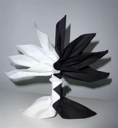 pliage de serviette de table en forme de palmier ou arbre de vie r 233 aliser palmier ou arbre avec