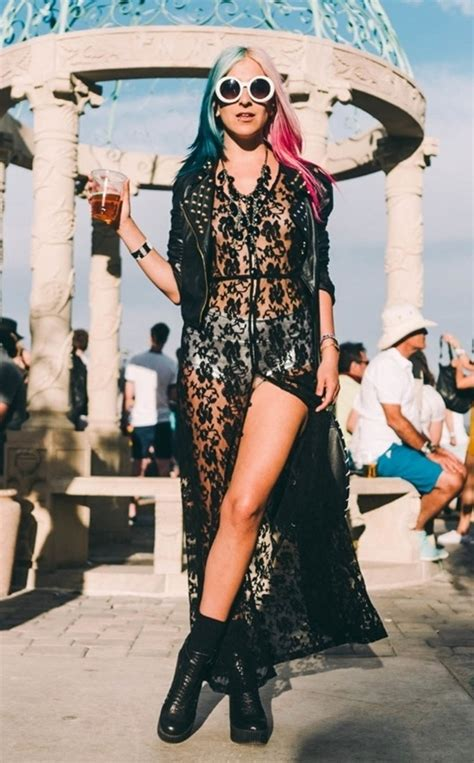 40 Coachella Festival Fashion Outfits to Live the Boho Spirit #2019