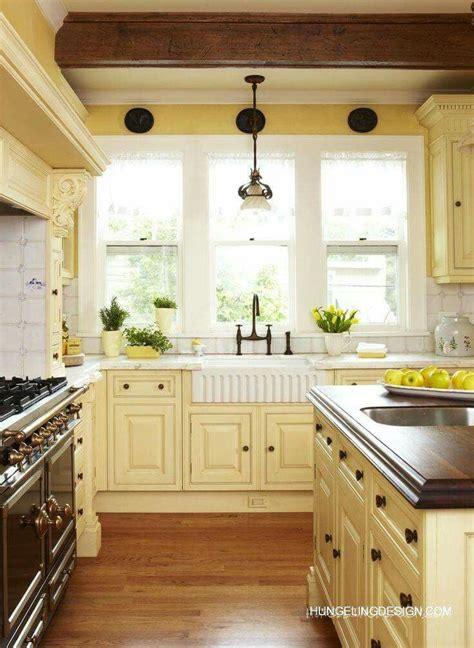 creamy yellow kitchen yummy dreamfarmhouse