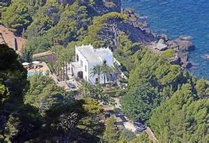 27 Floor House by Michael Douglas And Catherine Zeta Jones Knock 163 7million