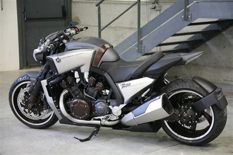 Yamaha V-max Hypermodified By