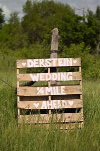 Pallet Signs Can Give You Wonderful Wedding Pallets Designs