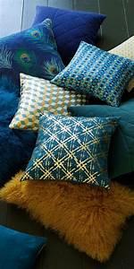 Coussin Bleu Pétrole : les 25 meilleures id es de la cat gorie bleu canard sur pinterest peinture bleu canard deco ~ Teatrodelosmanantiales.com Idées de Décoration