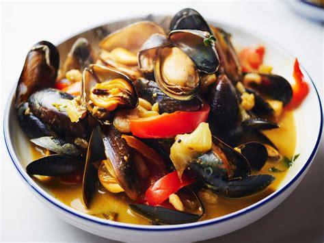 cuisine moules moules au curry facile et pas cher recette sur