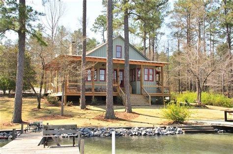 cabin rentals in alabama king s cove lake martin lake house eclectic alabama