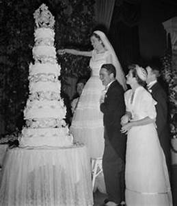 Neil Armstrong and Janet Shearon married on January 28 ...