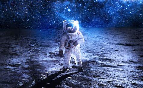 astronaut sci fi space art artwork technics spaceship