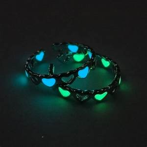 Fashion steampunk rings glow in the dark for women for Glow in the dark wedding rings