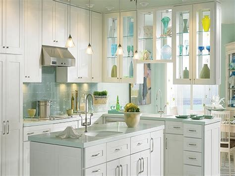 white maple thomasville kitchen cabinets eden thomasville