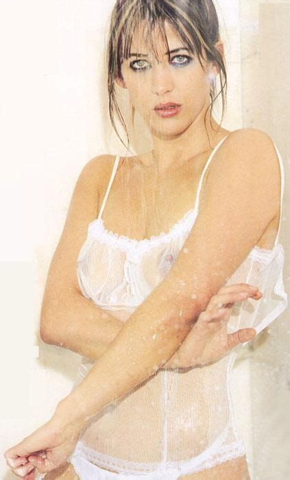 French Beauty Sophie Marceau Shows Her Naked Body