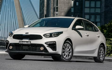 kia cerato hatch au wallpapers  hd images
