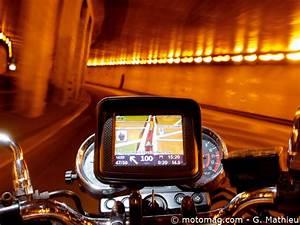 Comparatif Gps Moto : gps auto moto le comparatif moto magazine leader de l actualit de la moto et du motard ~ Medecine-chirurgie-esthetiques.com Avis de Voitures