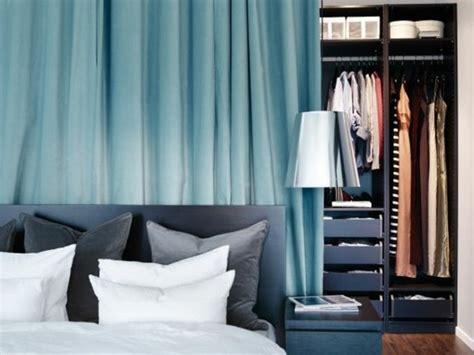rideau chambre parents la séparation de pièce amovible optez pour un rideau