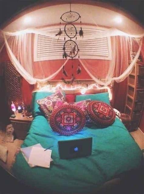 Trippy Bedroom Decor by Trippy Bedroom