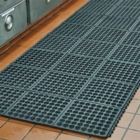 rubber mat flooring quot dura chef interlock quot rubber kitchen mats