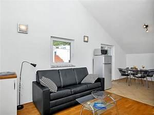 Schlafsofa 2 Personen : ferienwohnung swed dalmatien makarska firma prominens ~ Whattoseeinmadrid.com Haus und Dekorationen