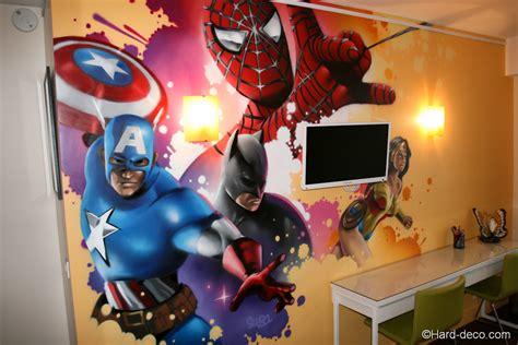 chambre marvel fresque décor graffiti marvel dans une chambre d 39 enfant