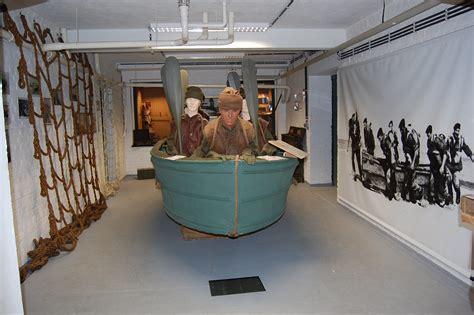 Goatley Boat by 12 Fr Htm