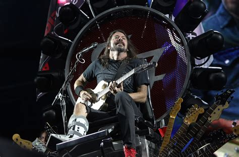 Watch Foo Fighters Enlist Fan to Cover Rush's 'Tom Sawyer ...